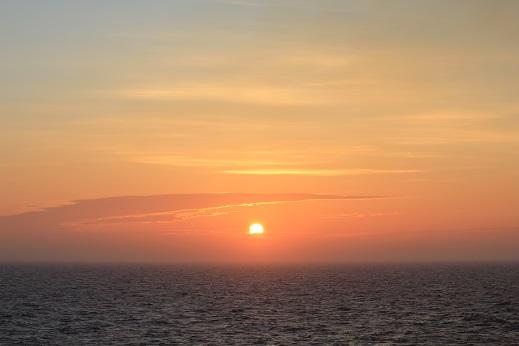 夕陽18:44