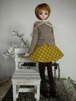 ドルミス戦利品 黄色いスカート 1