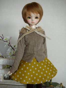 ドルミス戦利品 黄色いスカート 2