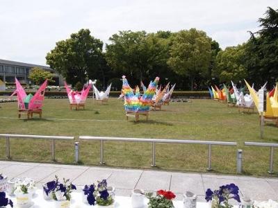 折鶴神輿とキャンドル