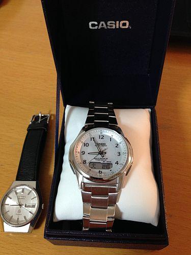 カシオのソーラー電波腕時計