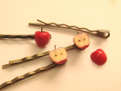 リンゴのヘアピン制作中02091