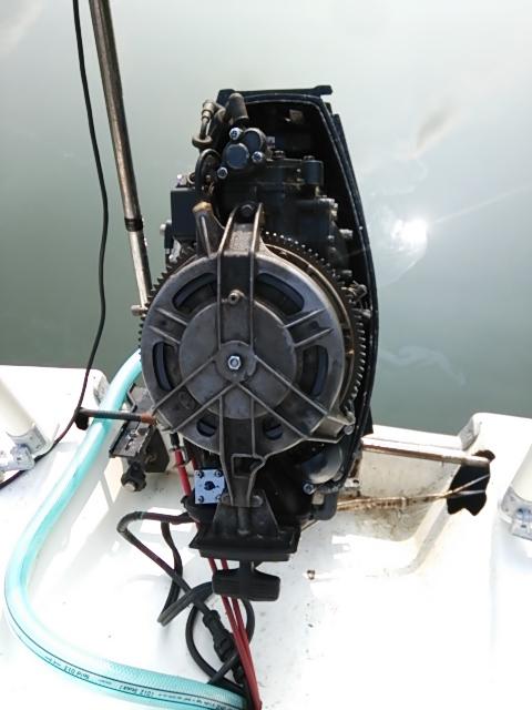 ボート修理1