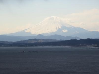 江の島から富士山を望む