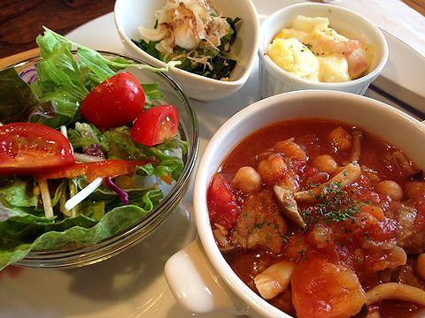 木の芽イベリコ豚とヒヨコ豆のトマト煮2