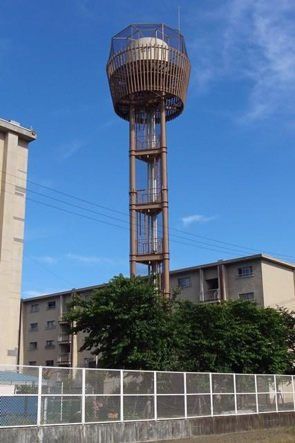 大阪市営長吉長原西第2住宅の給水塔