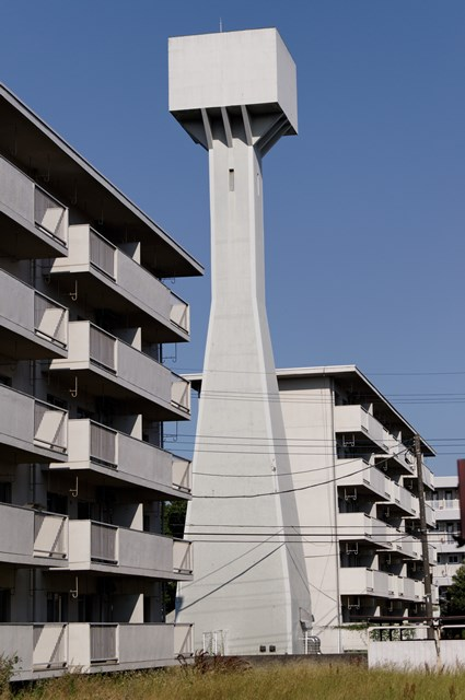 八王子大和田郵政宿舎の給水塔