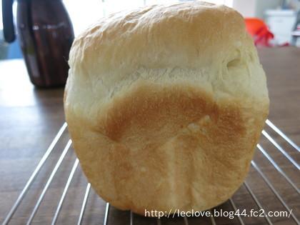 久々に食パン焼きました