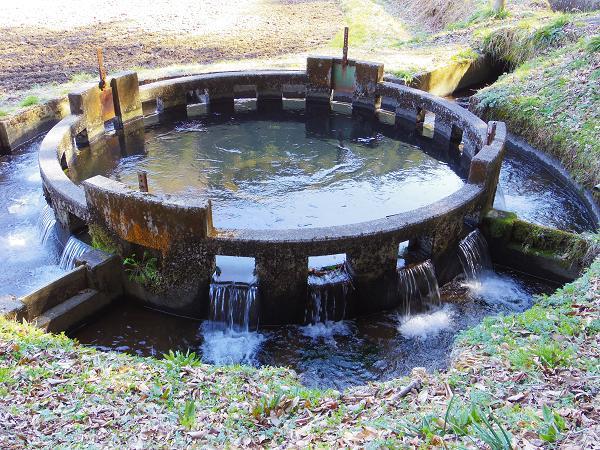 円形分水7