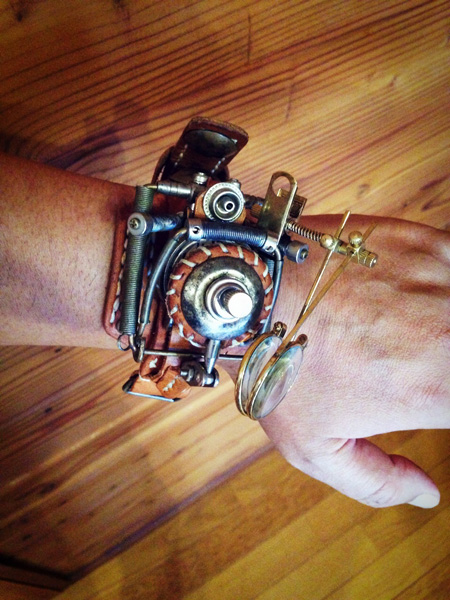 オモシロ 腕時計