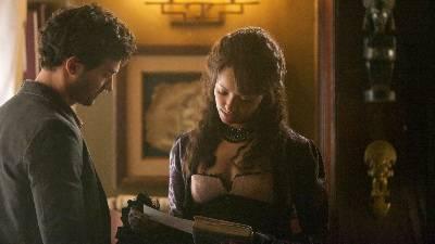 106134-the-vampire-diaries-the-five-episode-screencap-4x4.jpg