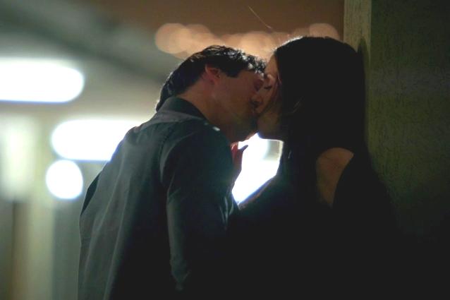 Elena-e-Damon-in-un-bacio-nellepisodio-3x19.jpg