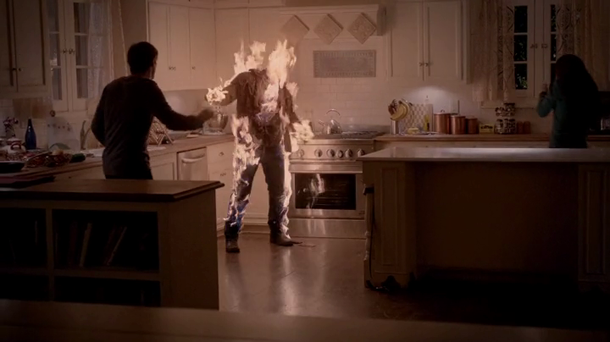 vampire-diaries-4_12-a-view-to-a-kill-flaming-Kol.png