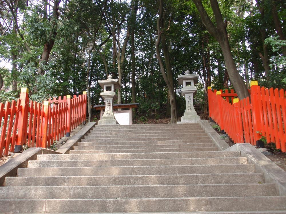 建勲神社3
