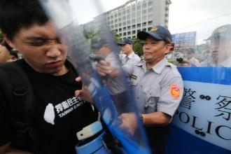 張志軍 25 警察