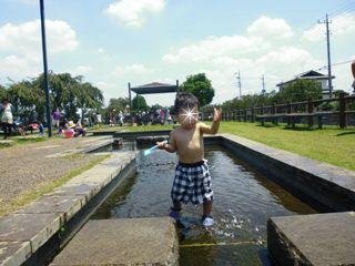 ブログ2 0804水遊び (2)