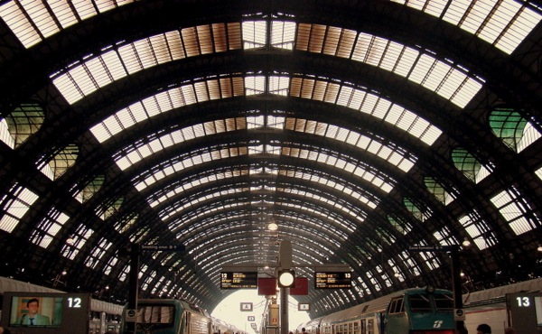 Milan_Central_Station_Milan_Italy_Tarun_Chandel_PhotoBlog.jpeg
