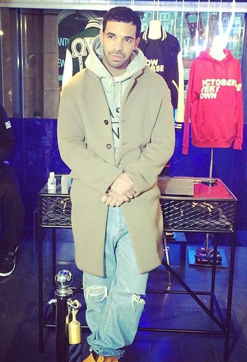 ドレイク(Drake):バーバリー(Burberry)/ティンバーランド(Timberland)