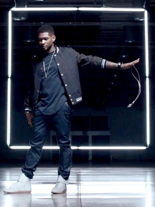 アッシャー(Usher):メゾンキツネ(Maison Kitsune)メゾンマルタンマルジェラ(Maison Martin Margiela)