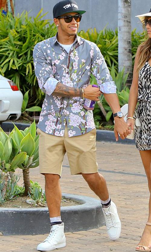 ルイス・ハミルトン(Lewis Hamilton):ドルチェ&ガッバーナ(Dolce & Gabbana)クリスチャンルブタン(Christian Louboutin)
