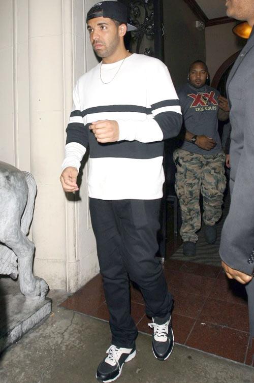 ドレイク(Drake):ケイスリーヘイフォード(Casely-Hayford)オクトーバーズ・ヴェリー・オウン(October's Very Own)シャネル(CHANEL)