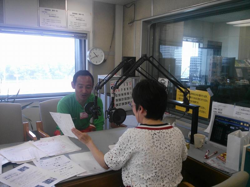 ラジオ生放送