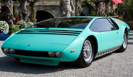 1968_ItalDesign_Bizzarrini_Manta_10.jpg