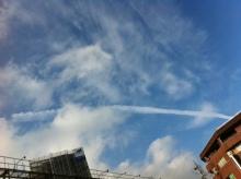 あなたは『痛みが』取れたら何がしたいですか?『えがお回復整体なごみ堂』-飛行機雲