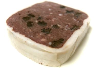 ターブル・オギノ 鹿肉と豚血のテリーヌ
