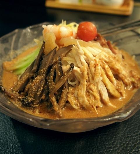 金胡麻の冷麺