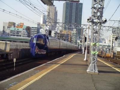 関西の一人旅 三日目 南海電鉄 ラピート 新今宮