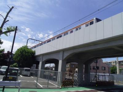 中央線 E233 高架