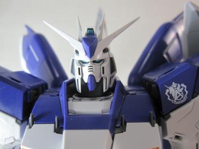 MG-Hi-NEW-GUNDAM-Ka_0030.jpg