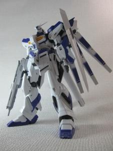 MG-Hi-NEW-GUNDAM-Ka_0103.jpg