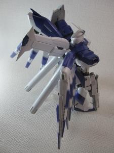 MG-Hi-NEW-GUNDAM-Ka_0158.jpg