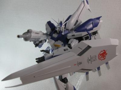 MG-Hi-NEW-GUNDAM-Ka_0196.jpg