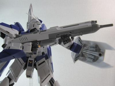 MG-Hi-NEW-GUNDAM-Ka_0215.jpg