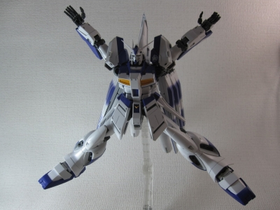 MG-Hi-NEW-GUNDAM-Ka_0239.jpg