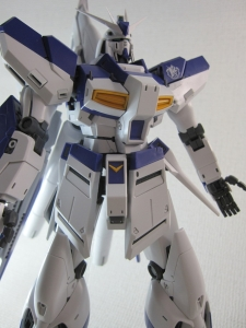 MG-Hi-NEW-GUNDAM-Ka_0251.jpg