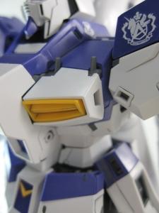 MG-Hi-NEW-GUNDAM-Ka_0349.jpg