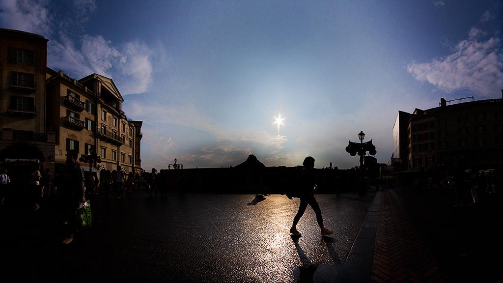 太陽か主星か(メディテレーニアンハーバー)