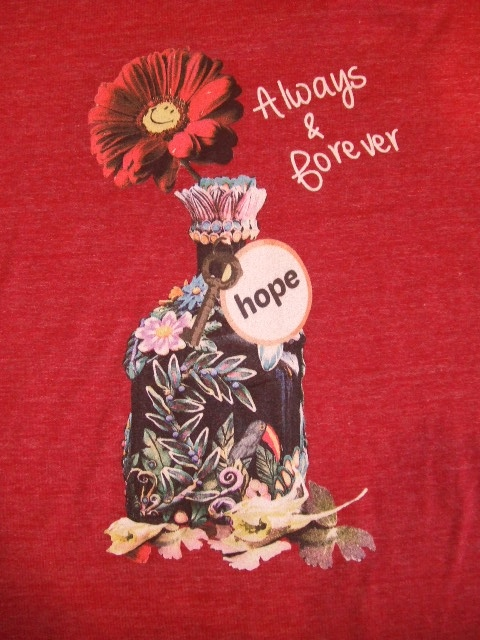 rehacer FLOWER BOTTLE SS TEE BRUGUNDY
