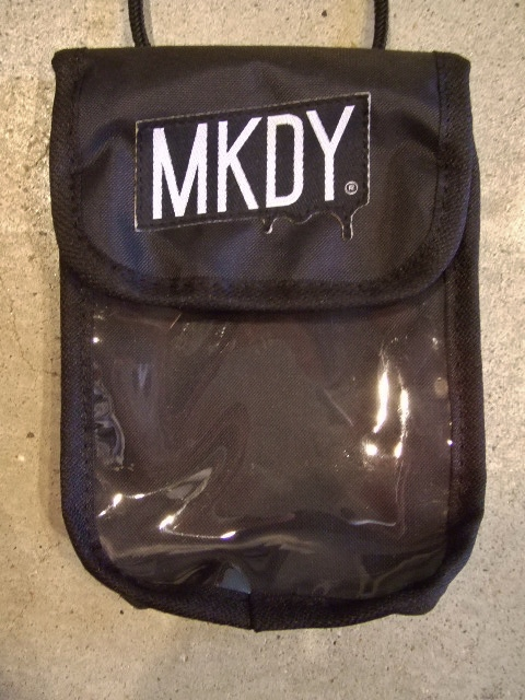 MDY NYLON MINI POUCH BLACK1