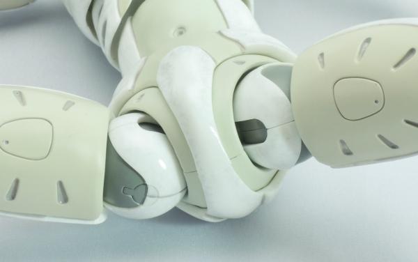東亜重工 合成人間:股関節の可動部