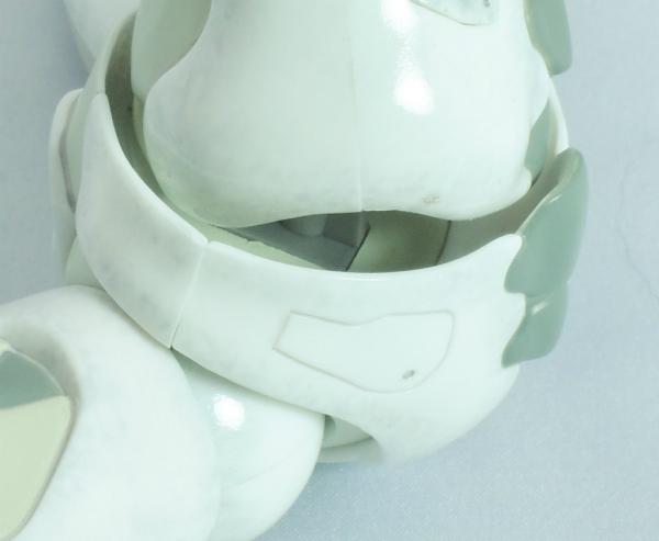 東亜重工 合成人間:腹部可動部の軸