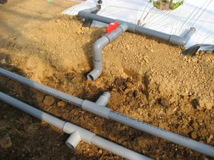 ハウス灌水設備3