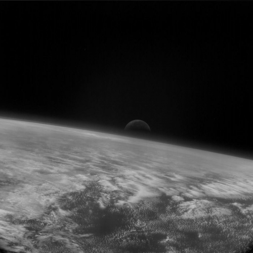 2005 Moonrise_over_Earth_node_full_image_2