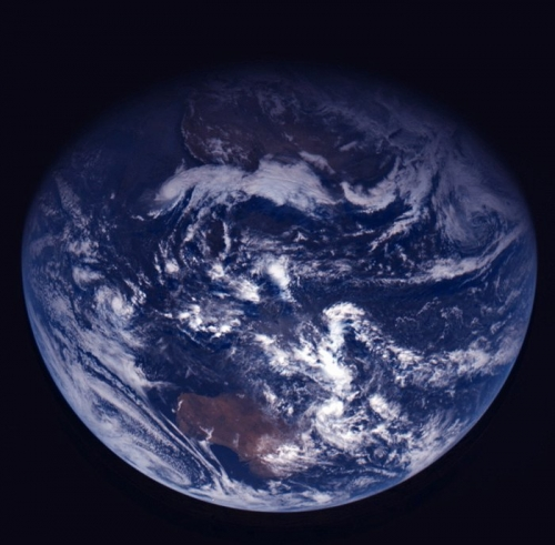 Earth_s_true_colours_node_full_image_2.jpg