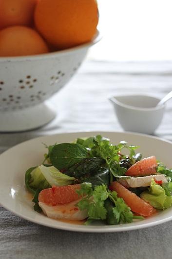 グレープフルーツとチキンのサラダ2
