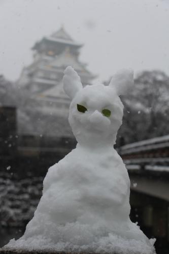 雪の大阪城